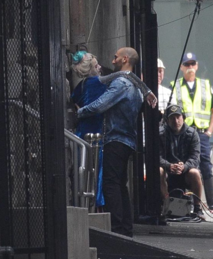 Birds of Prey Harley Quinn Set Photo 3