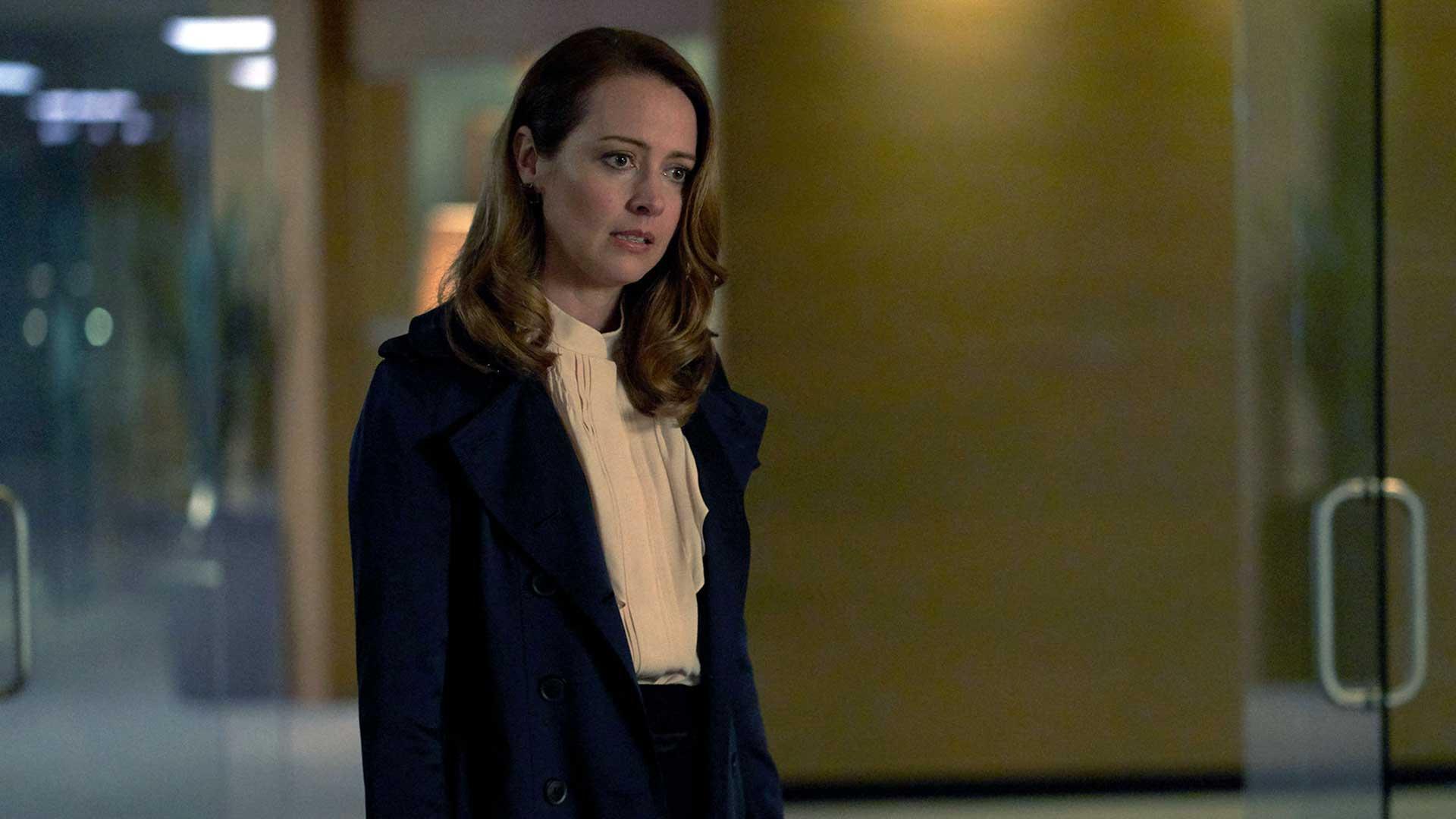 Suits S09E08 Esther Litt Amy Acker