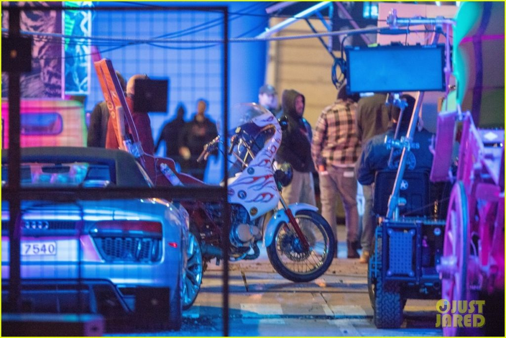 Falcon And Winter Soldier Set Photo 31