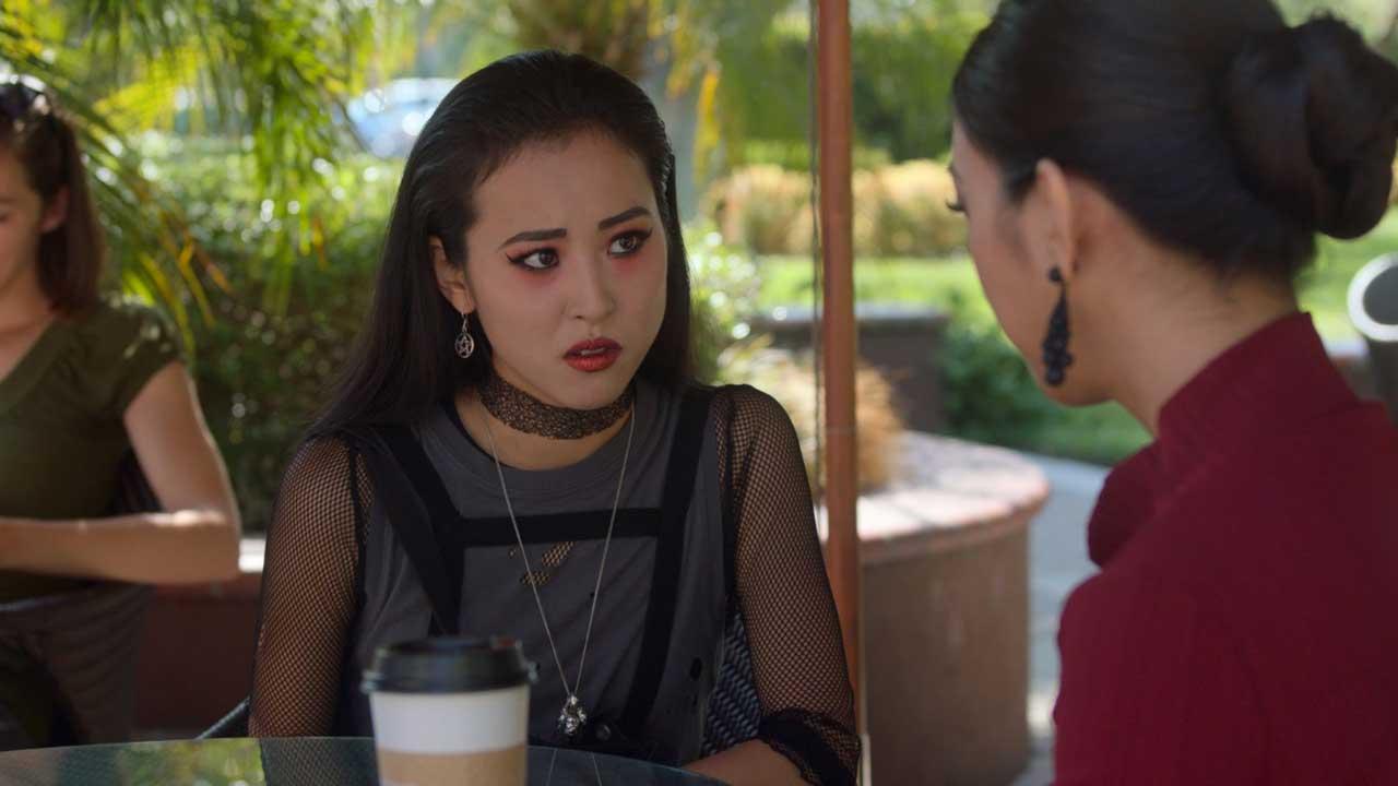 Runaways S03E06 Nico Tina Meet