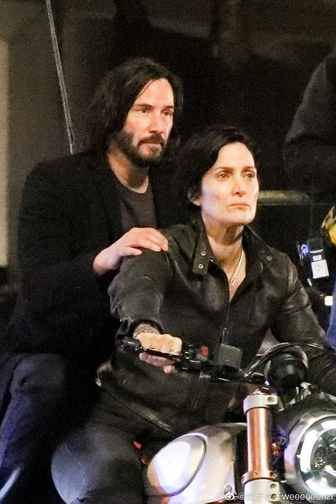 Matrix 4 Set Photo 07 Keanu Reeves Carrie Anne Moss