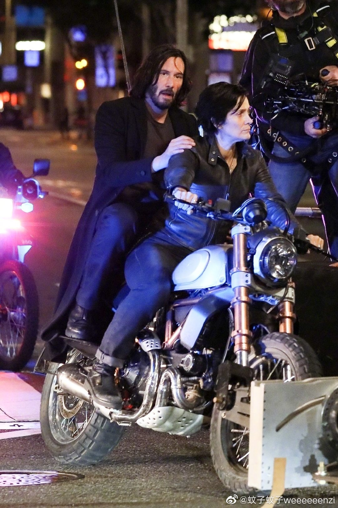 Matrix 4 Set Photo 11 Keanu Reeves Carrie Anne Moss