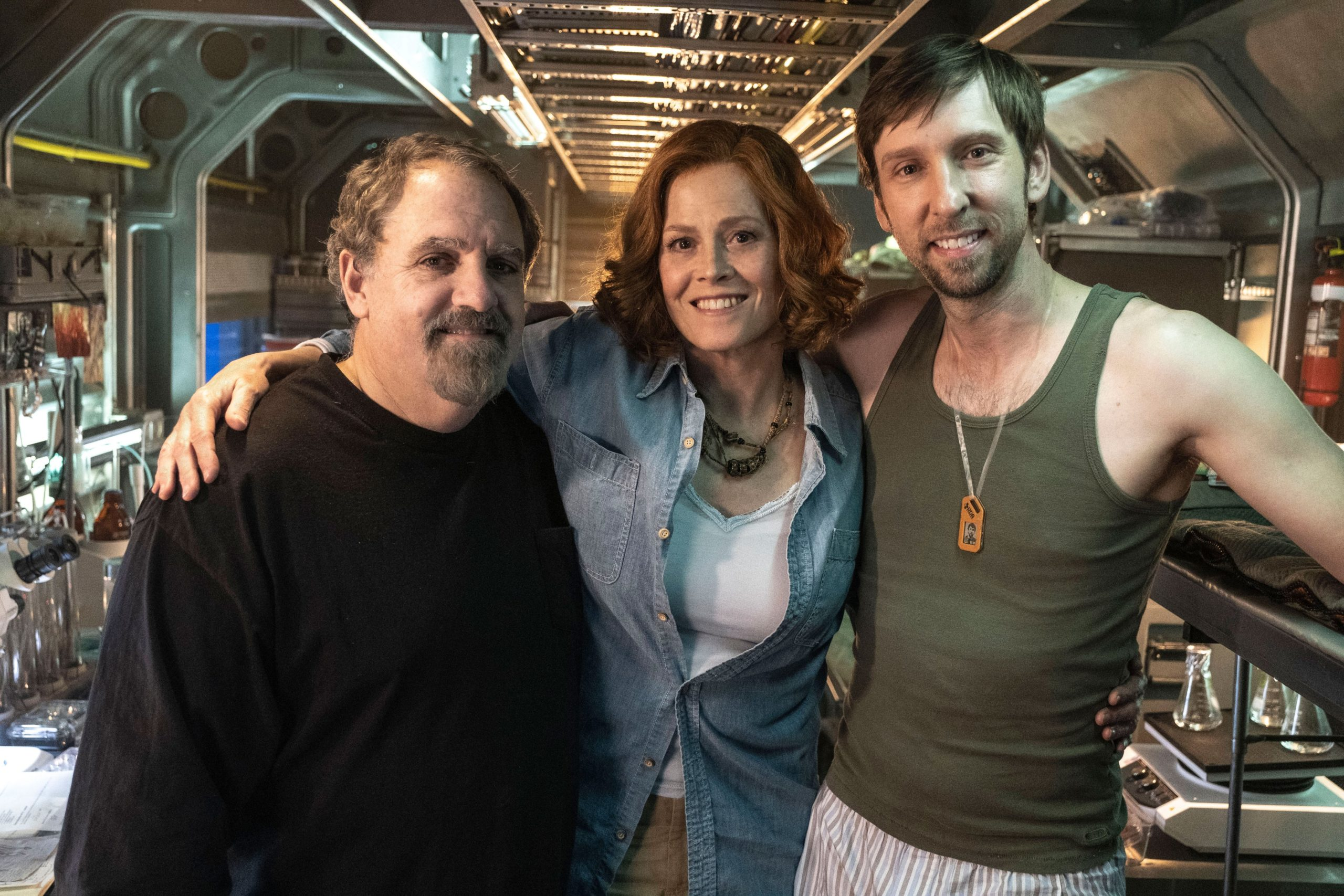 Avatar 2 Set Photo Jon Landau Sigourney Weaver Joel David Moore
