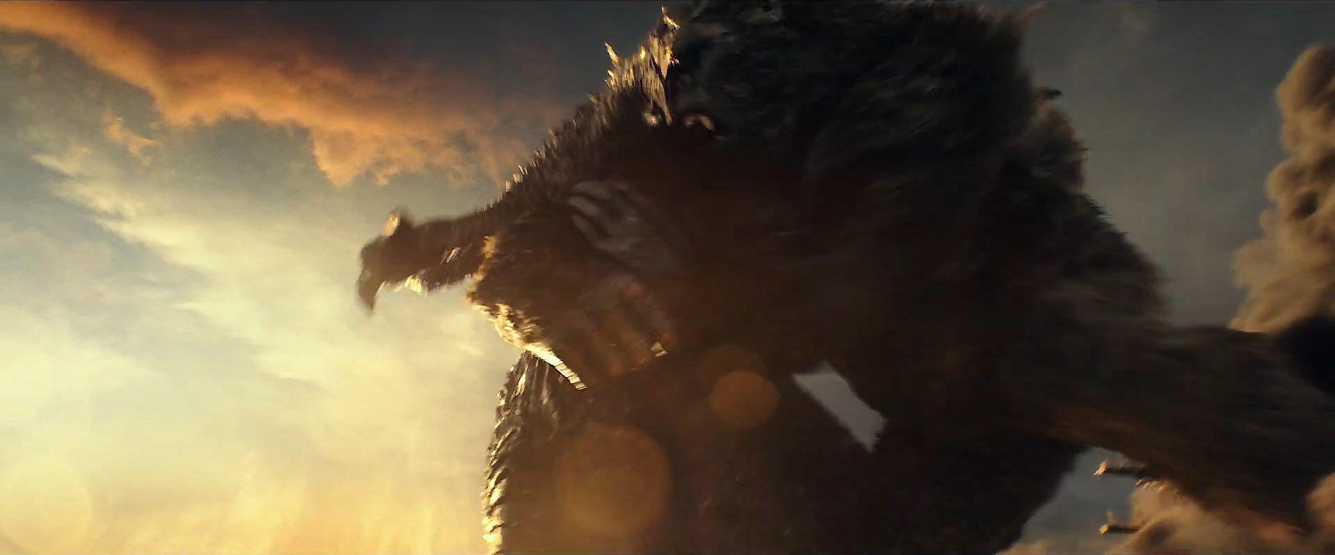 Godzilla vs Kong Trailer Still 42 - Kong fights Godzilla